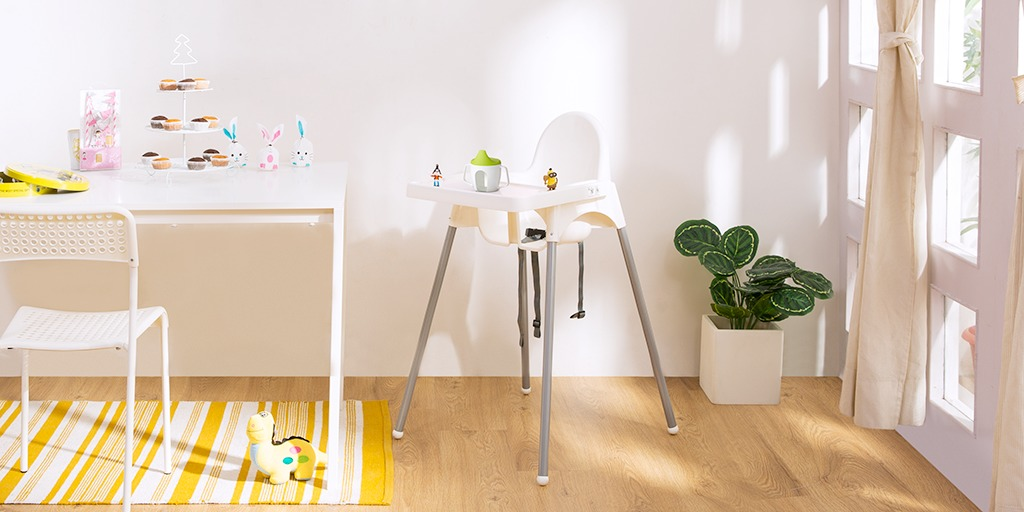 Antilop High Chair with tray by IKEA on Rent in Hyderabad | RentoMojo com